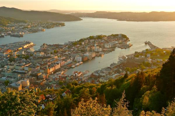 The Funicular to Fløyen runs into the evening, so you can catch sunsets like this one.