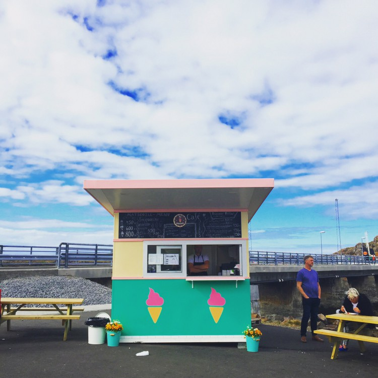 The ice cream kiosk beside the harbour in Skykkishólmur sells Erpsstaðir's yummy ice cream creations.