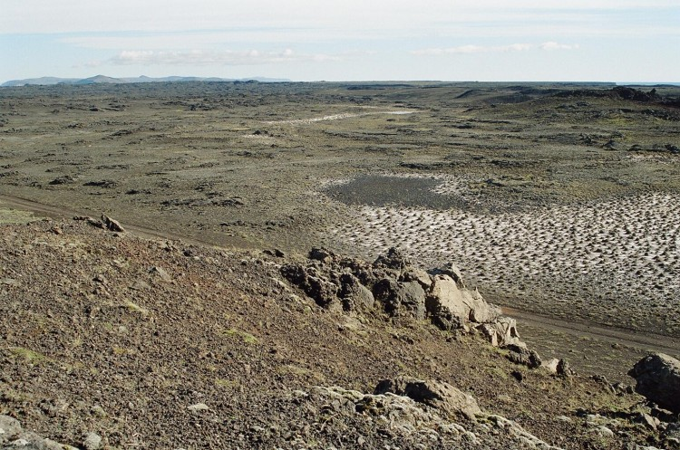 The many different lava fields that make up the Reykjanes peninsula are fascinating to see when navigating the area.