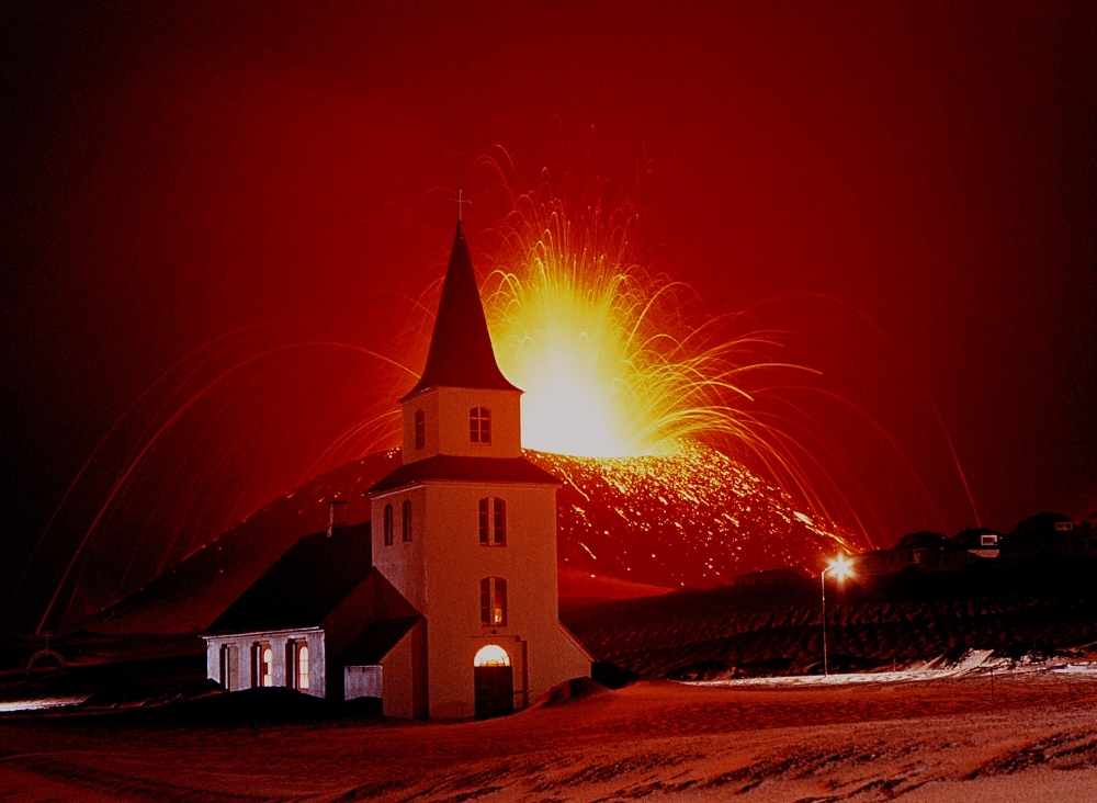 Heimaey eruption 1973 - eldheimar.is