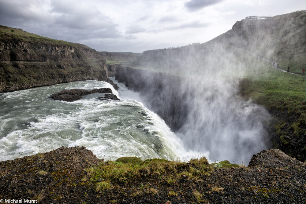 Gullfoss - into the chasm (1000x668)