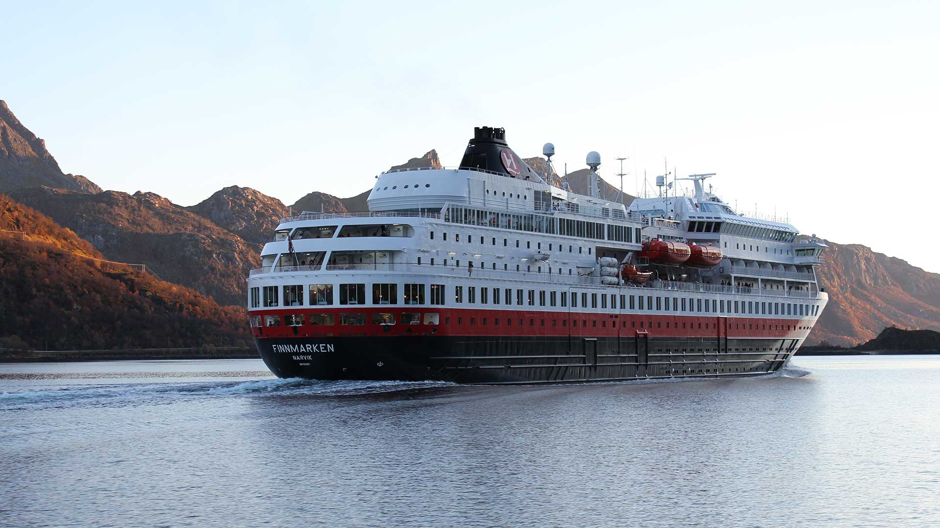 First Hurtigruten Cruise Tips For Your Maiden Voyage - Can you take a steamer on a cruise ship