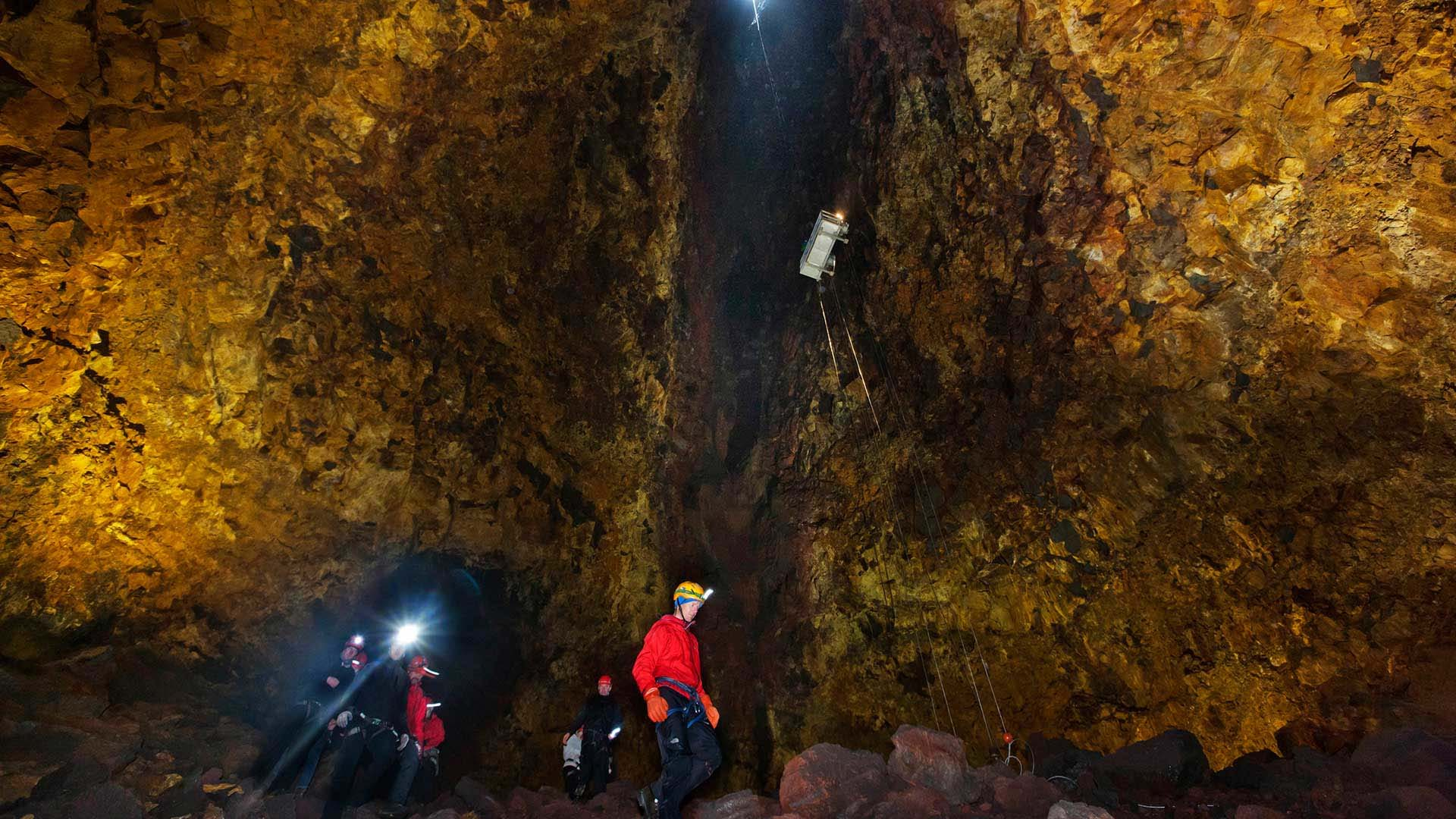 Inside the Volcano - photo: 3H Travel