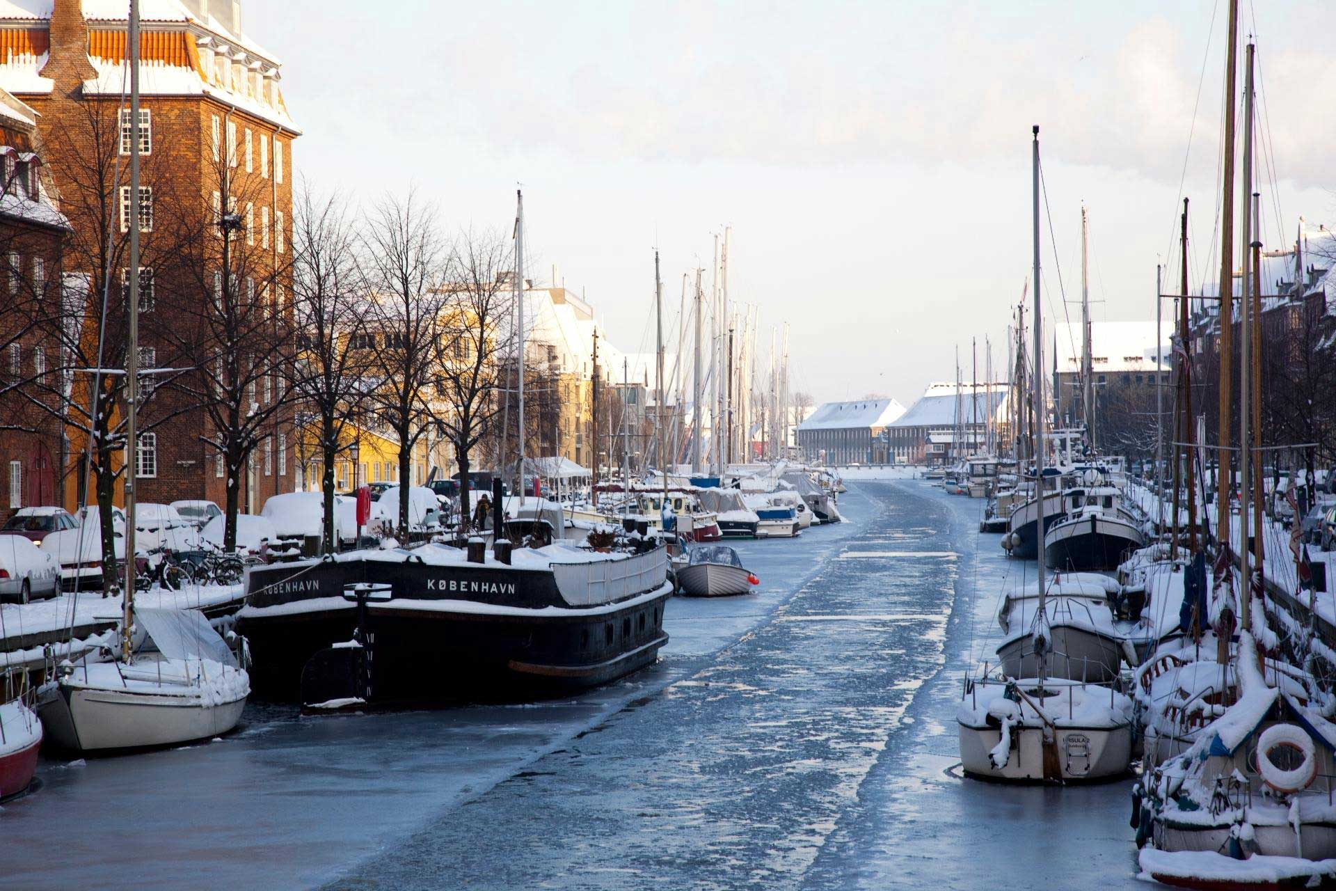 christianshavn canal in winter
