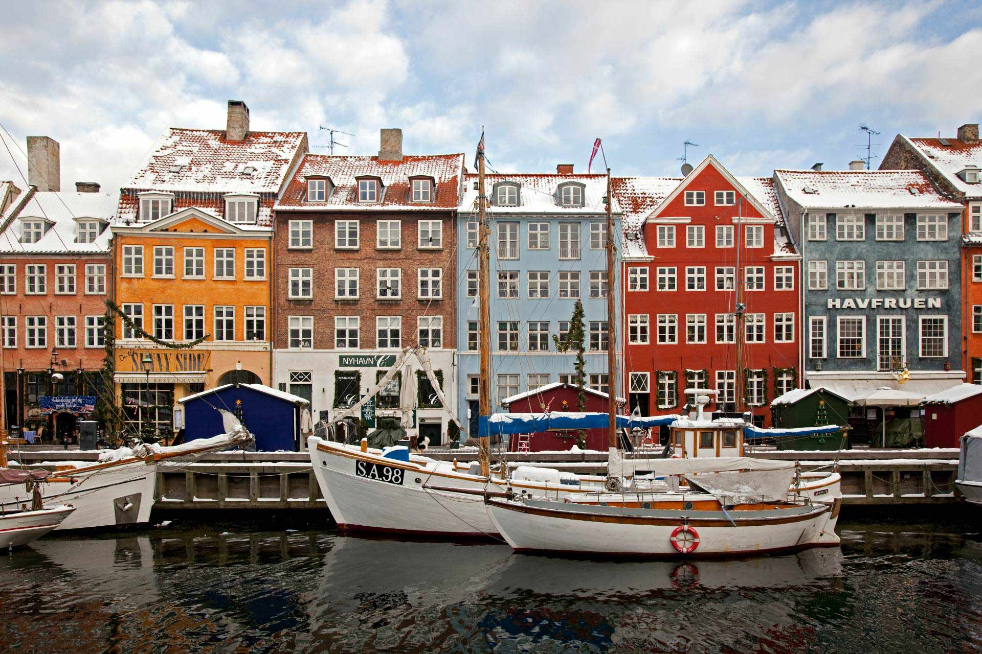 Nyhavn canal under the snow