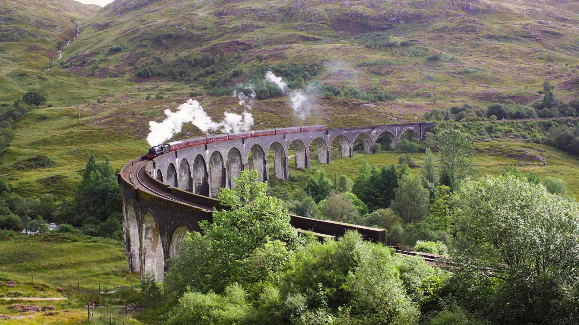 Glenfinnan Viaduct of Harry Potter fame