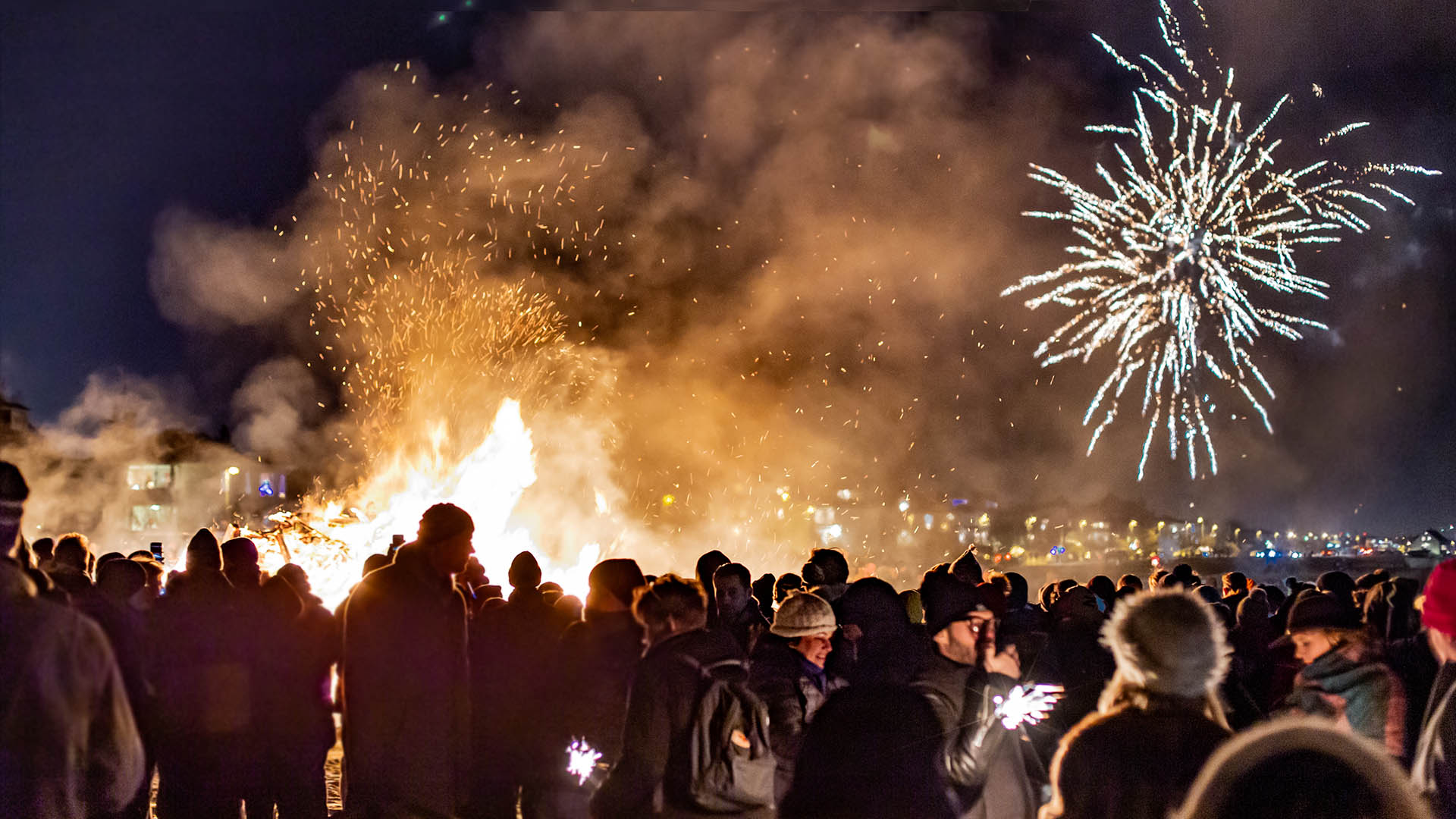 6 Reasons To Celebrate New Year S Eve In Iceland Nordic Visitor