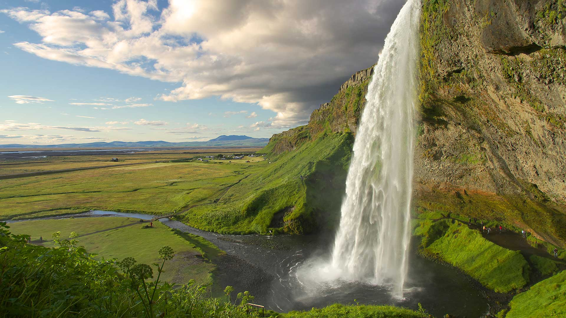 Seljalandsfoss in summer
