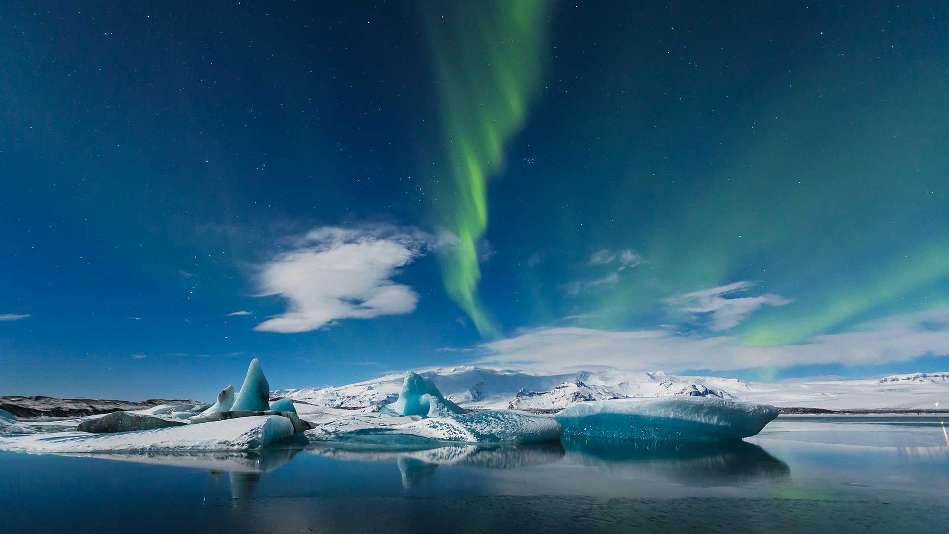 Icelandair Tours To Greenland