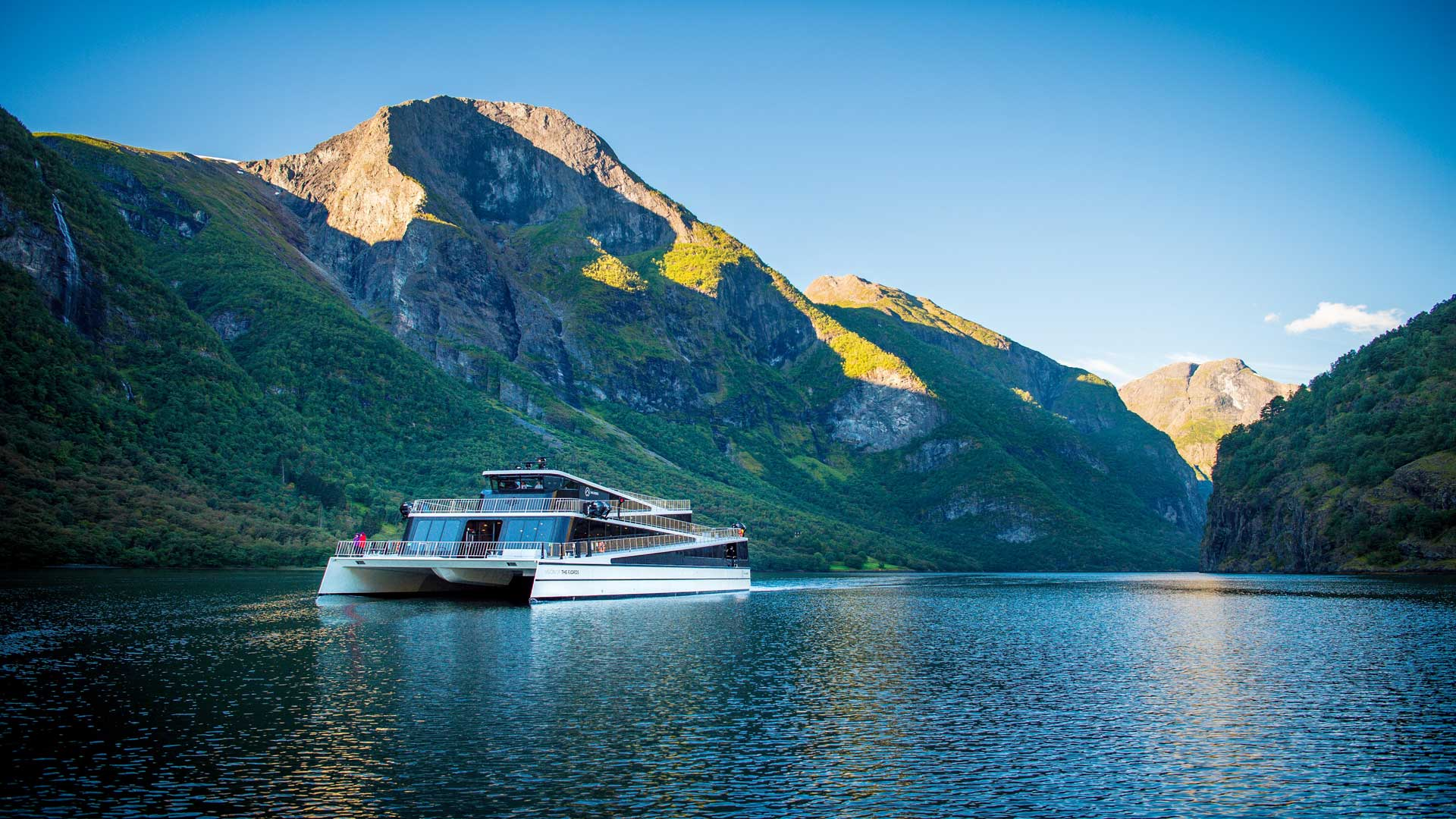 Highlights of Norway | 10 Days / 9 Nights | Guided Group
