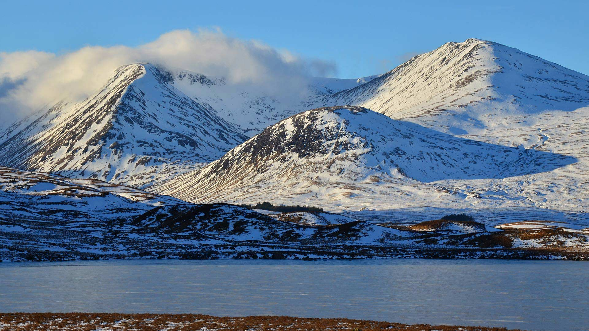 snowy mountains of rannoch moor