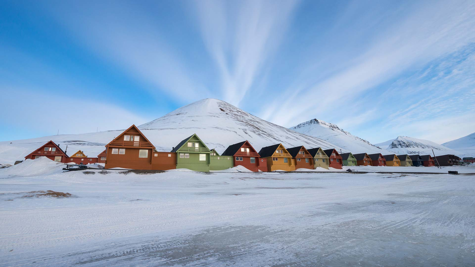 longyearbyen explorer   4 days 3 nights   nordic visitor